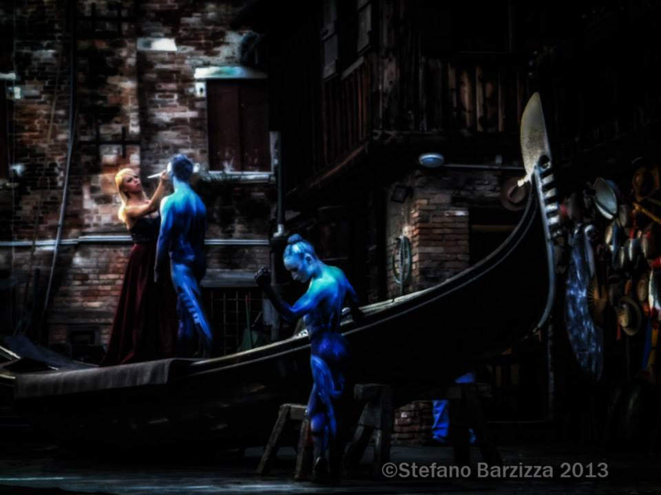 venezia e la gondola -tagliapietra art performance